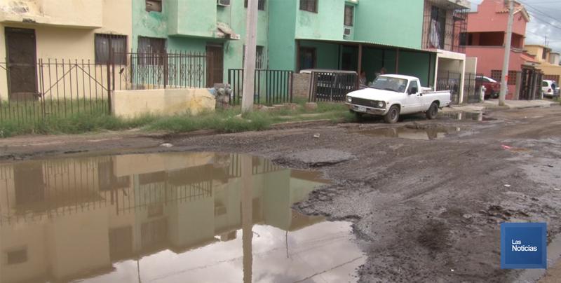 En Cajeme, vecinos de Valle Dorado piden apoyo al OOMAPAS