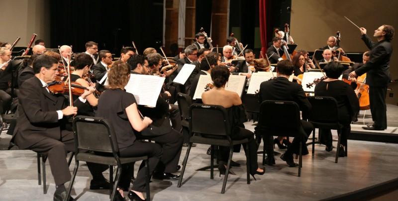 Ofrece el Taller de Ópera y la OSSLA noche de canto lírico