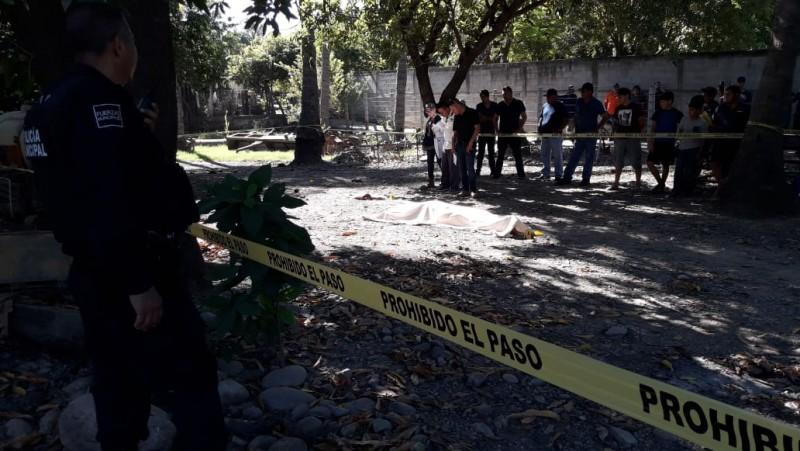 Encuentra a una persona asesinada en Portaceli