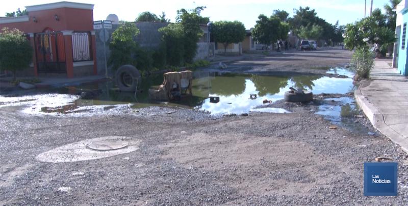 En Cajeme, vecinos de Misión San Rafael cierran calle