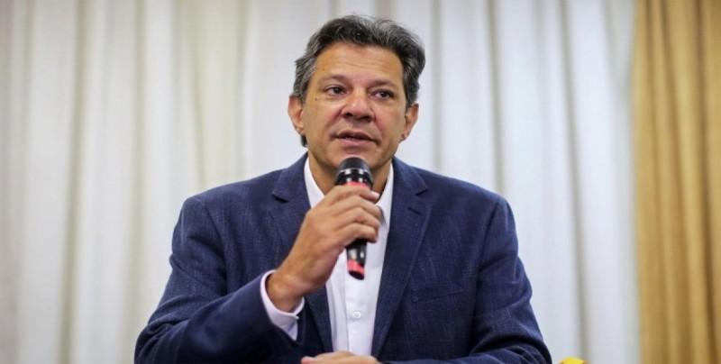 Haddad teme carrera armamentista en Latinoamérica si su rival vence en Brasil