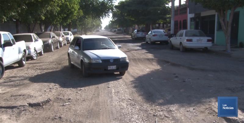 En Cajeme, vecinos piden rehabilitación de calle