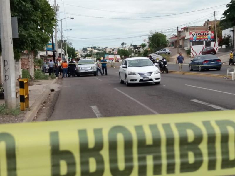 """De carro a carro asesinan a un hombre por la """"Maquio"""" Clouthier"""