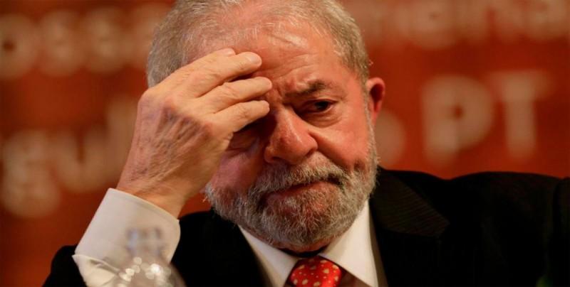 """Lula pide el voto en Haddad para la """"supervivencia del pacto democrático"""""""