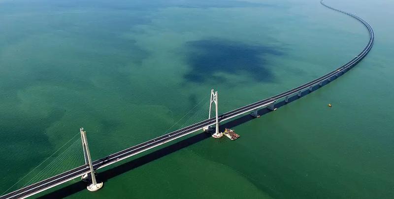 El puente más largo sobre el mar es inaugurado en China