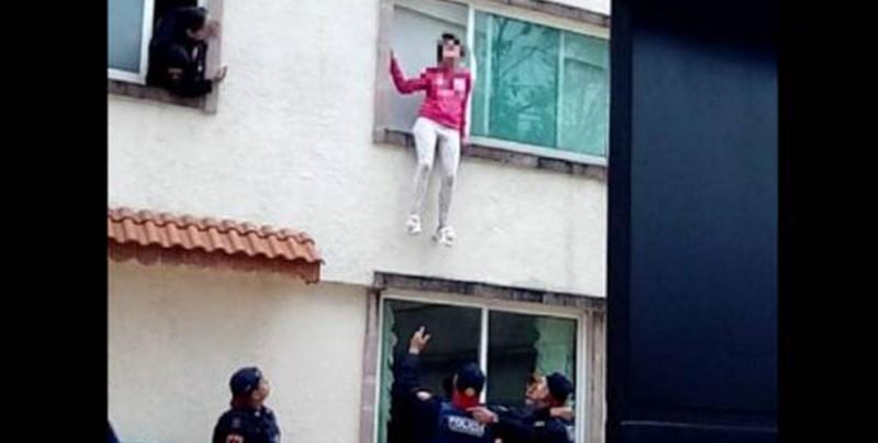 La red se burla de chica que intenta suicidarse lanzándose de un primer piso