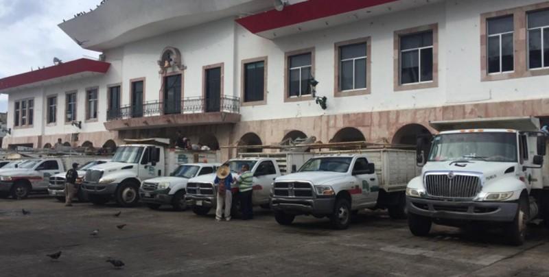 Fluye el apoyo de Mazatlán hacia Escuinapa y El Rosario