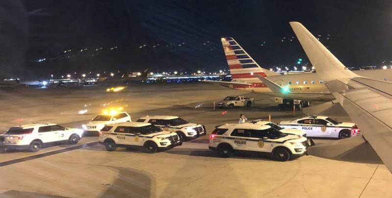 """Por """"seguridad"""", evacuan vuelo en Miami con destino a CDMX"""