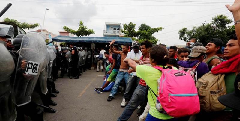 México niega que policía matara a hondureño en la frontera con Guatemala