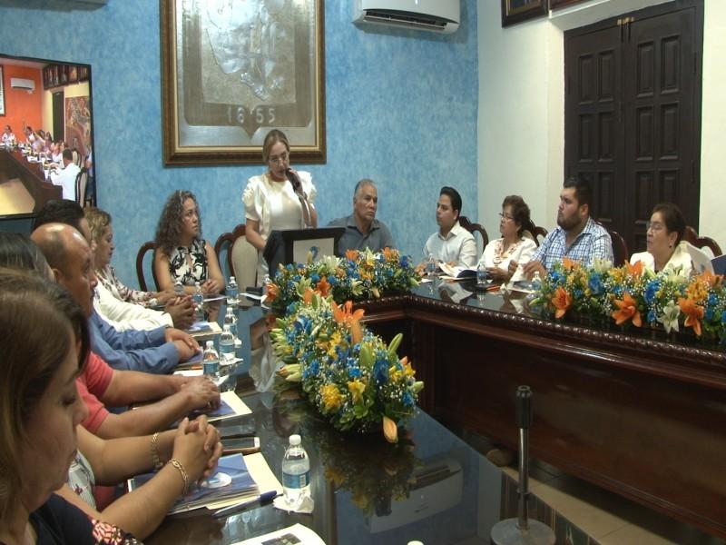 Alcaldesa de El Rosario rinde segundo Informe de Gobierno