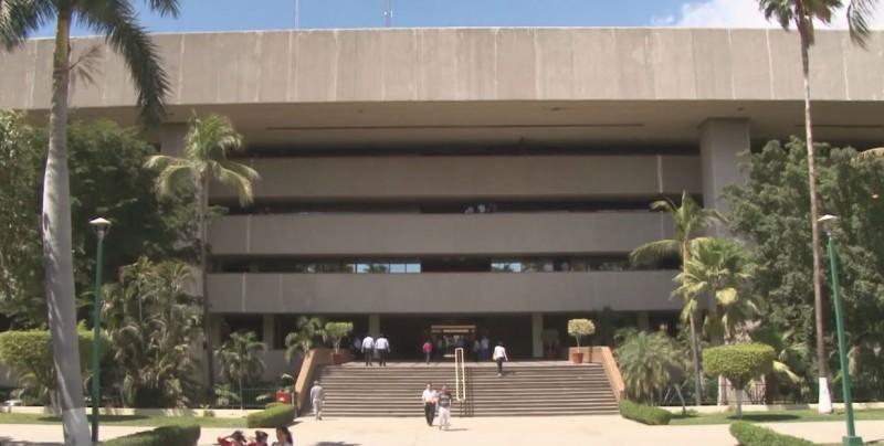 Ofrece Gobierno del Estado adelanto del 50% de aguinaldo a trabajadores