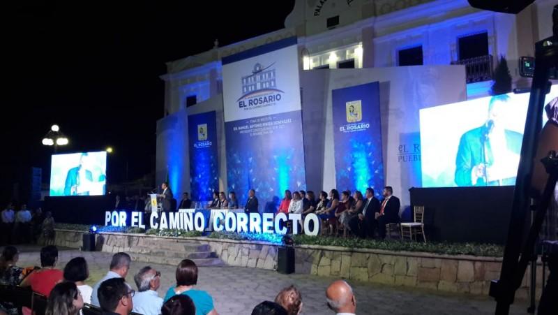 Toma protesta nuevo alcalde de El Rosario