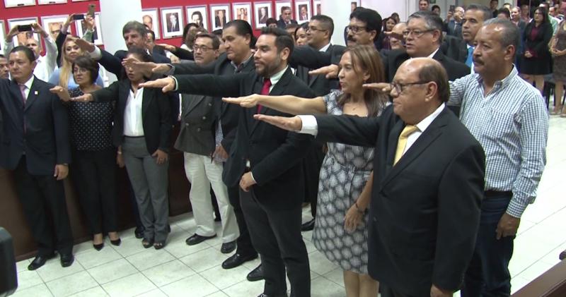 Alcalde de Mazatlán nombra a sus nuevos funcionarios