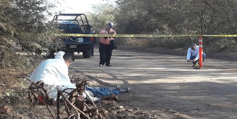 Localizan a hombre asesinado cerca de la comunidad de Agua Blanca