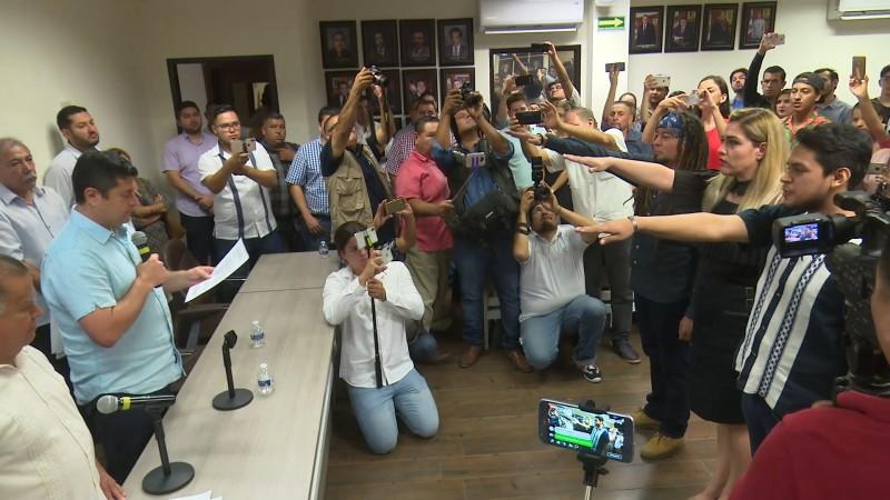 Toman protesta directores del IMAC, IMMUJERES y el IMJU