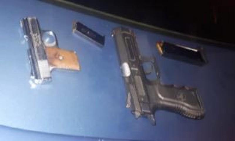 Agentes de la PEP aseguran armamento