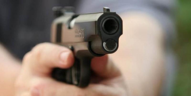 Dos mil armas entran al día en México a través de la frontera con EU