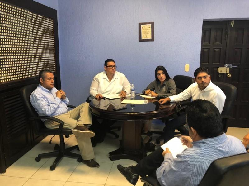Se reúne alcalde de El Rosario con el Sub Secretario de Desarrollo Social