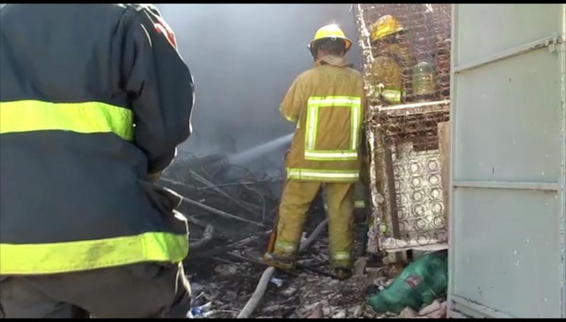 Incendio en patio de vivienda de la colonia Juárez