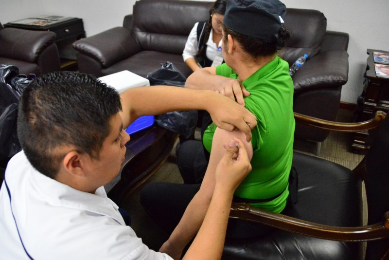 La vacuna contra la Influenza es segura