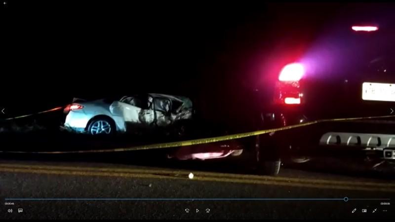 Tres lesionados y dos muertos saldo de accidente en carretera