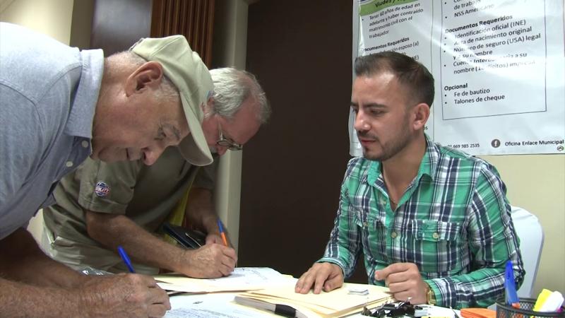 Impulsan programa de pensiones para mexicanos que trabajaron en EU