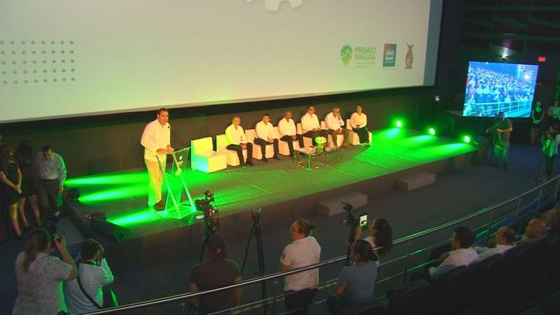 """Entregan premio de """"Sinaloa de Ciencia, Tecnología e Innovación"""""""
