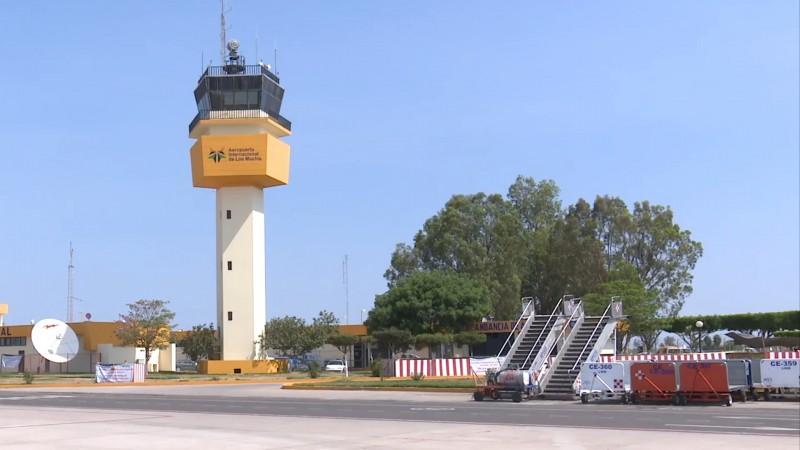 Regresa aerolínea a Los Mochis