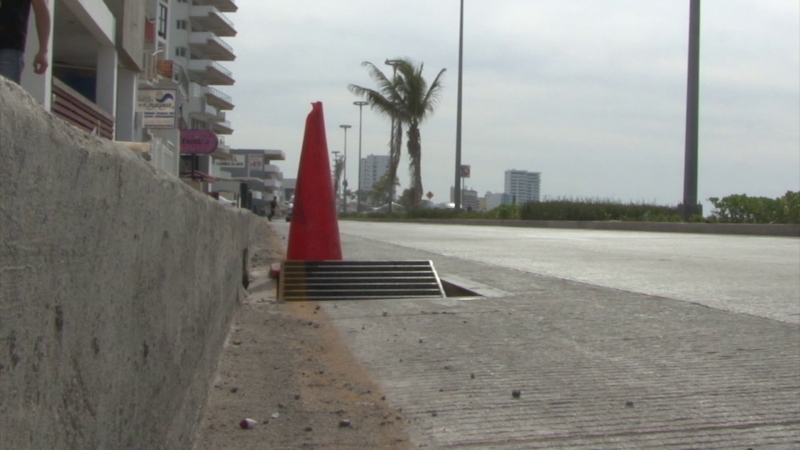 Mala imagen genera alcantarilla en mal estado sobre avenida del mar