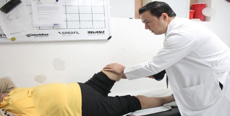 Artrosis afecta a hombres y mujeres después de los 60 años