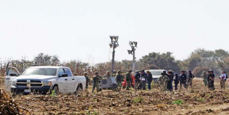 Peritos de Canadá inician investigación de accidente aéreo en Puebla