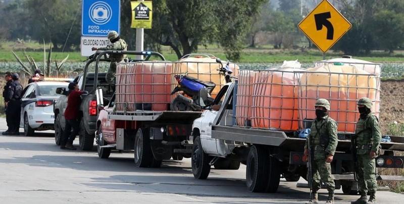 Hacienda denuncia a Fiscalía mexicana lavado de dinero por gasolina robada