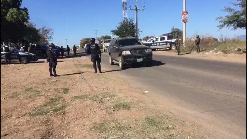 Ocho detenidos por disparar al aire