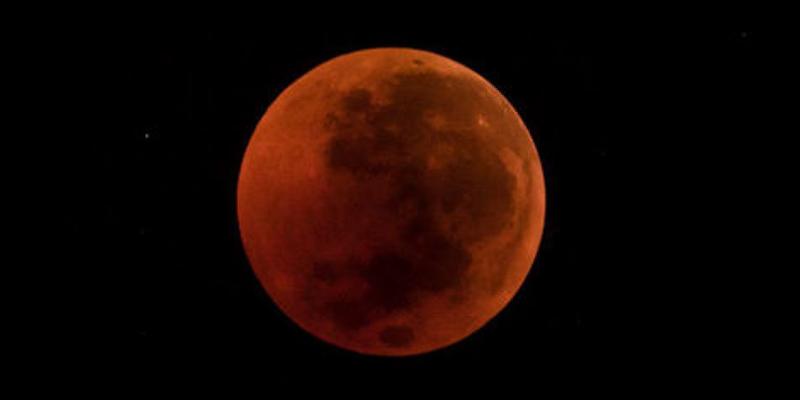 'Super Luna de Sangre de Lobo' iluminará la noche del 20 de enero