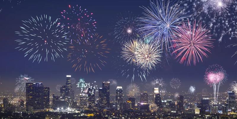 Así se ven los fuegos artificiales en Año Nuevo desde el cielo