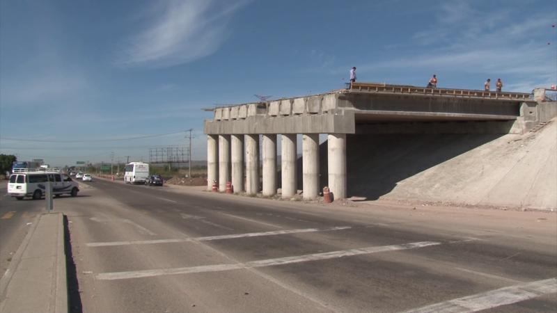 Avanza proyecto carretero a la altura del entronque al aeropuerto