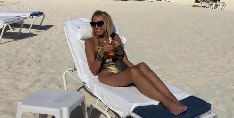 Laura Bozzo responde a las críticas por sus fotos en bikini