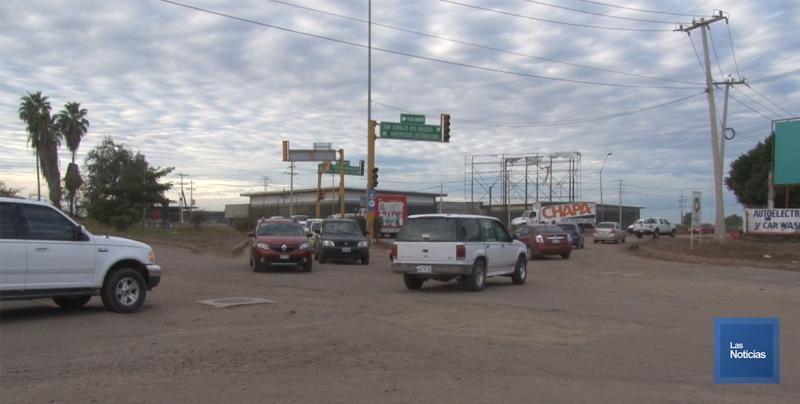 En Cajeme, automovilistas piden rehabilitación del crucero de las calles 300 y Michoacán