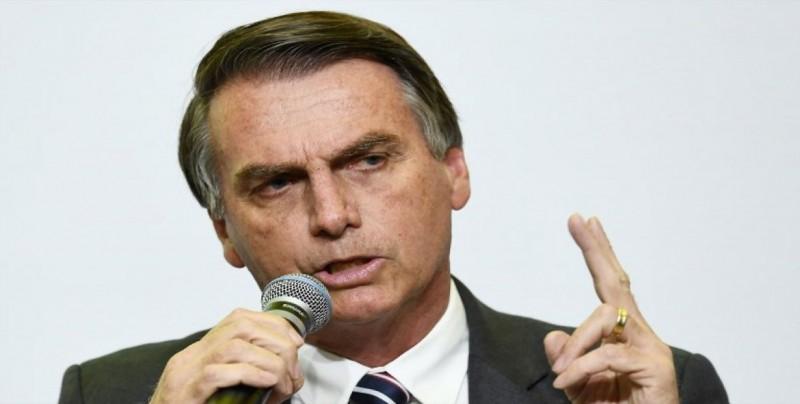 Bolsonaro aclara que no negará ayuda a inmigrantes pese a abandono del Pacto
