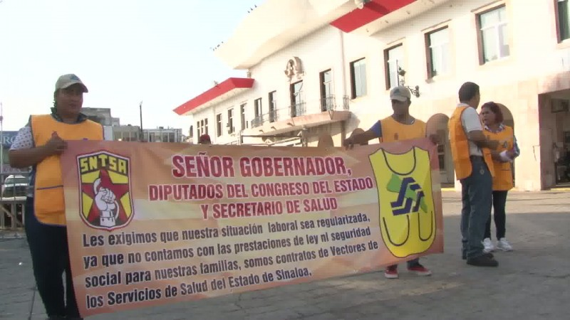 Se manifiestan trabajadores de Vectores de Sinaloa