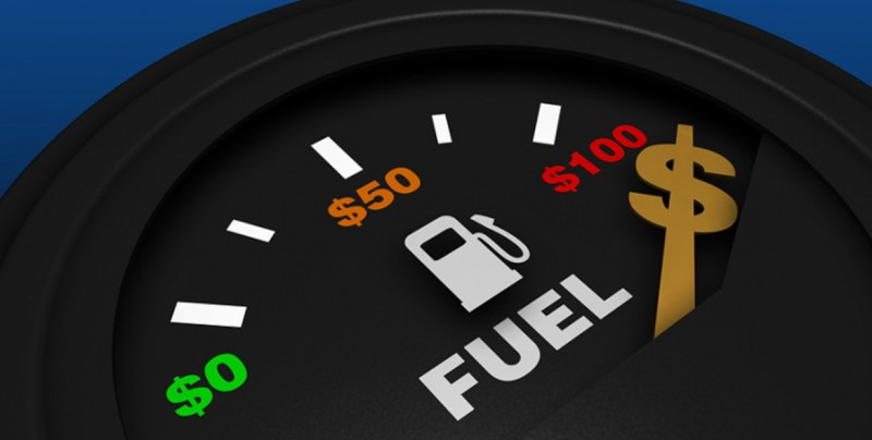 ¿Sabes cómo ahorrar gasolina? Aquí te damos unos consejos