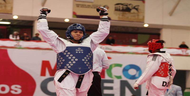 María del Rosario y Briceida Acosta en Top Ten Mundial