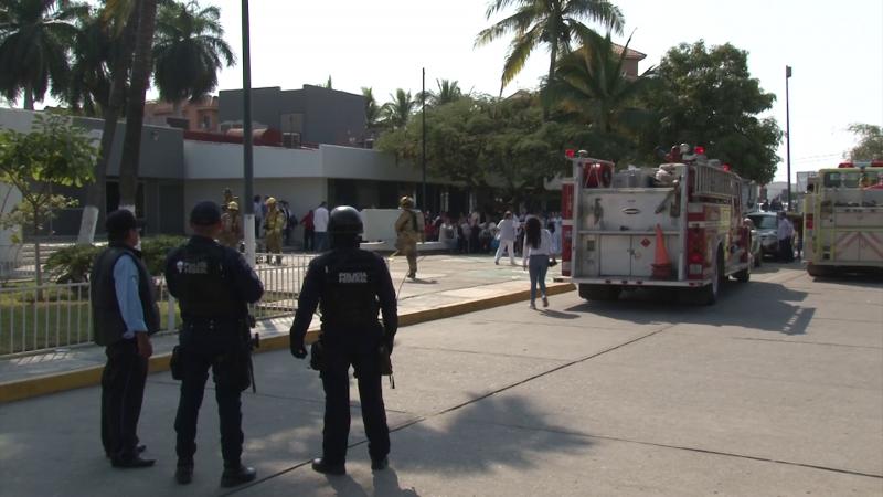 Evacúan a personal y pacientes del ISSSTE en Mazatlán