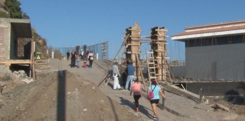 Continúan trabajos de remodelación en El Faro Mazatlán