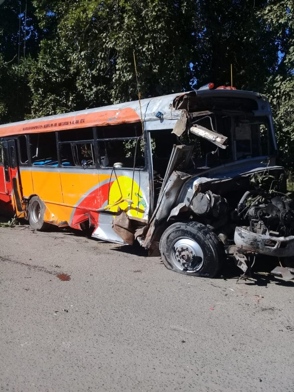 Confirma SSPyTM,  34 heridos en camionazo de Imala