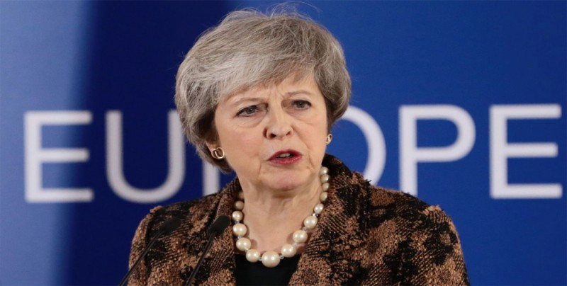 Theresa May, en la cuerda floja ante una posible crisis constitucional