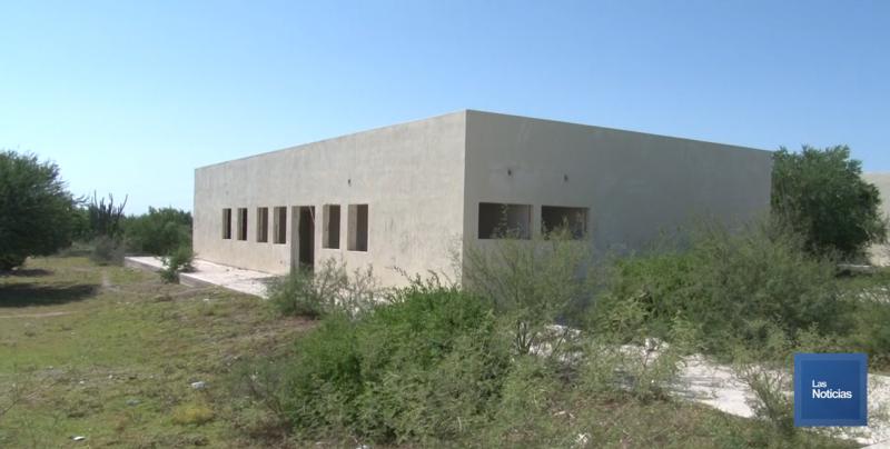 En Loma de Bácum, avanza proyecto deportivo en antiguo hospital