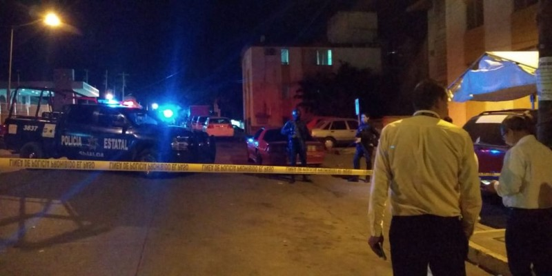 Lo asesinan afuera del Hospital Civil