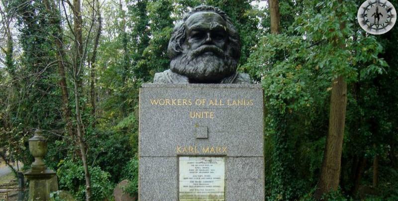 Atacan con un martillo la tumba de Karl Marx en Londres