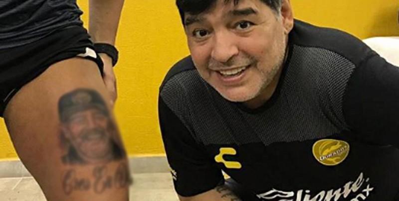 Gaspar Servio, portero de Dorados, se tatuó la cara de Maradona